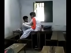 Real life indian school girl with her young lover boobs sucked - indian porn