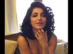 Shruthi Hassan bollywood actress Unseen Boobs MMS Show